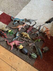 dinosaur figures bundle
