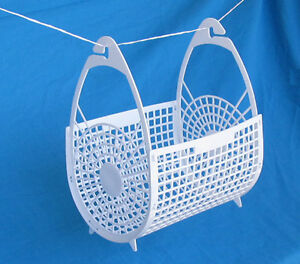 Weather Proof Peg Basket Brand New (  pegs bag )