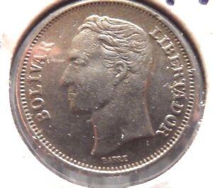 CIRCULATED 1967 UN BOLIVAR VENEZUELA COIN!  (71115)