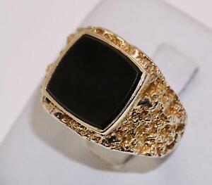 9carat 9k Yellow Gold Cushion Onyx Set Signet Ring Size UK-S 1/2 US-9 3/8 c.1972