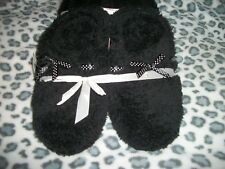 Black Fuzzy Slippers with Textured Cloth Bottoms S(5-6)