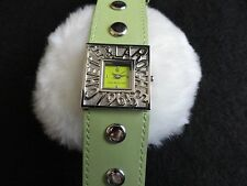 New Chete & Laroche Quartz Ladies Watch with a Green Band