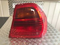 BMW 3 SERIES PRE-LCI E90 SALOON OFFSIDE RIGHT OUTER REAR TAIL LIGHT 6937458 #92