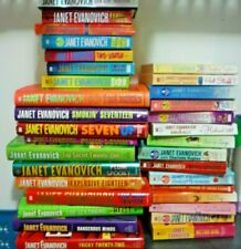 JANET  EVANOVICH HUGE LOT COLLECTION STARTER KIT 33 Books!