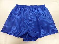 1 Silk Small and 5 Polyester Satin Boxers dans Medium
