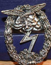 Pin Militär  Erdkampf-Abzeichen Metall Neu   252