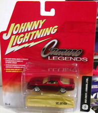 Johnny Lightning 1982 Chevy Camaro Z/28 Chevrolet Red Chrome Five Hub R1 Legends