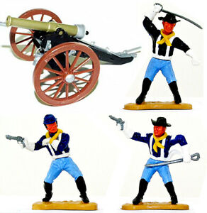 3 Timpo Last Series 7th Cavalrymen with Field Piece - plastic toy soldiers
