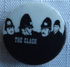 THE CLASH Old/Vintage 70/80`s 25mm Button Pin Badge Punk Rock UK Made #TC.105