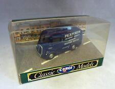"""Corgi Classics 96880 Morris J Van """"Pickfords"""""""