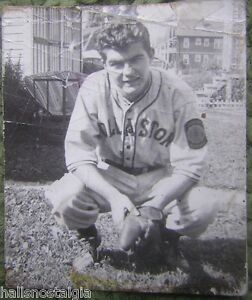 Early 1940's Legendary Sports Announcer Ken Coleman wallet size baseball photo