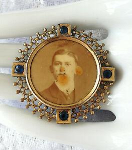 Antike Foto Brosche mit Medaillon und saphirblauen Steinen - alte Vergoldung