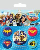 DC SUPER HERO GIRLS Pack of 5 x Pin Backed Badge Pack LOGOS Design Badges