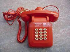 Téléphone Vintage couleur orange, Socotel En Fonctionnement Années 12/09/1984