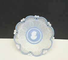 "Porzellan-Manufaktur Hand Made Reticulated  ""Cameo"" Bowl, Klausenburg"