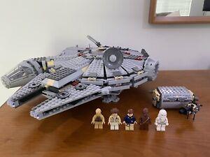 LEGO Star Wars 4504 Millenium Falcon (2004) 100% Complete w/ Minifigs
