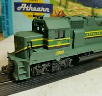 Athearn John Deere GP38-2 locomotive train engine HO scale gp38