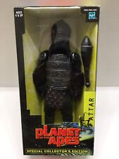 """HASBRO PLANET OF THE APES 12"""" ATTAR GORILLA LARGE ACTION FIGURE SEALED NEW 2001"""