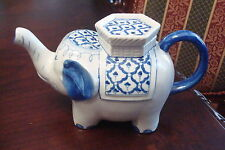 Elephant teapot made in Thailand, blue and white [4-31]