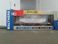 HO scale Walthers Gold Line Canadian National 50' bulkhead flat car CN603225