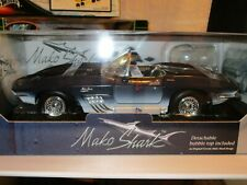 MOTORMAX 1961 Blue Mako Shark Chevrolet Corvette 1:18 Scale Bubble top included