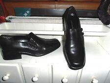 LNC* Sz 6.5 CROFT & BARROW; Black Leather; Side Button/Loop Close; Slip On Shoes