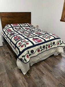 Quilt Bedspread Blanket 76x86 Summer Beach Red White Blue
