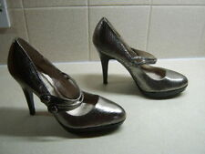 Ladies M&Co animal print Mary Jane style heels size 6 used but good cond.