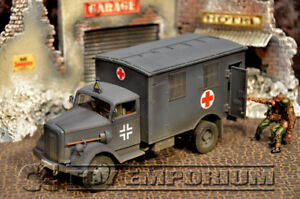 """Forces Of Valor  """"RETIRED"""" WWII German 4x4 Ambulance"""