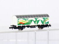 Märklin  miniclub Z  2-achsiger gedeckter Güterwagen, weiß/grün, sehr gut