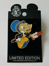 Walt Disney Pin - Jiminy Cricket Moving Umbrella Slider Superstar Trading