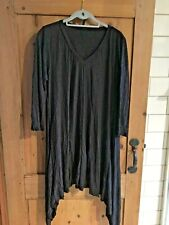 YONG KIM  ASYMETRIC TUNIC LENGTH TOP SIZE 10