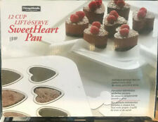 BN 12 CUP LIFT & SERVE SWEETHEART BAKING LOVEHEART PAN