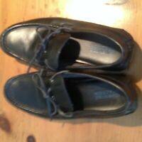 KENNETH COLE REACTION DRIVERS IN BLACK SIZE 10.5 M