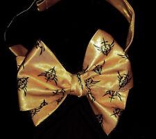 L@@K! Custom Zelda Triforce design gold Bow Tie