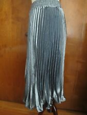 Anthropologie  HD In Paris Women's Gray Carbon Pleated Skirt Size Large NWT
