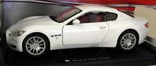 Motormax 1/18 Scale - Maserati Gran Turismo White diecast Model car