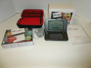 New Nintendo 3DS XL Gray/Black Console w/ Stylus Charger Case