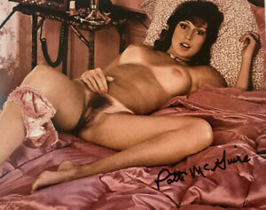 PATTI MCGUIRE HAND SIGNED 8x10 PHOTO PLAYBOY MODEL SEXY AUTHENTIC AUTOGRAPH