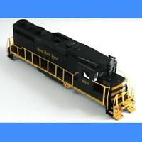 NICKEL PLATE ROAD #903 COMPLETE SHELL ASSEMBLY BACHMANN HO