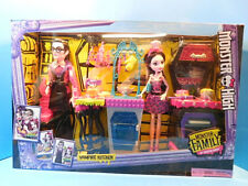 Monster High Vampire Kitchen Playset New with Dracula and Draculaura Dolls