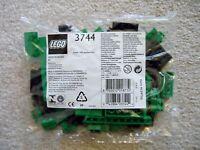 LEGO - My Own Train - Rare - 3744 Locomotive Green Bricks - New & Sealed