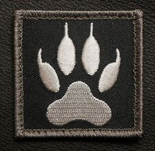 WOLF TRACKER PAW USA ARMY MILITARY BLACK OPS SWAT VELCRO® BRAND FASTENER PATCH