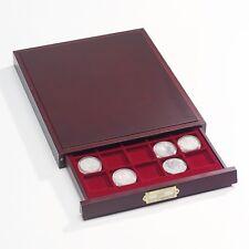 Bandeja para monedas; modelo LIGNUM. Elegante acabado en madera. Apilable.