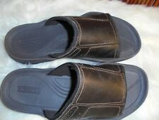 Rockport Mens size 7 slip on Leather sandals Easy and Comfortable
