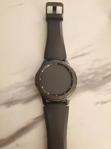 Samsung Galaxy SM-R760  Gear S3 Frontier Bluetooth Smart Watch - Black