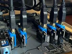 PCIe Adapter Clips Locks for USB 3.0 PCIe Mini Risers For Mining Rig
