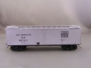 Unknown Mfr - Western Pacific - 40' Wood Reefer # 7047