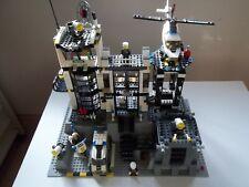 Vintage LEGO 2005 set 7237 City Police Station