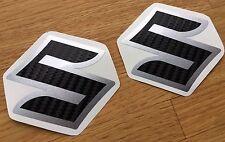 ADESIVI-SET 2 PEZZI PER SUZUKI GSXR GSX-R 600 750 1000 emblema Carbon-Argento